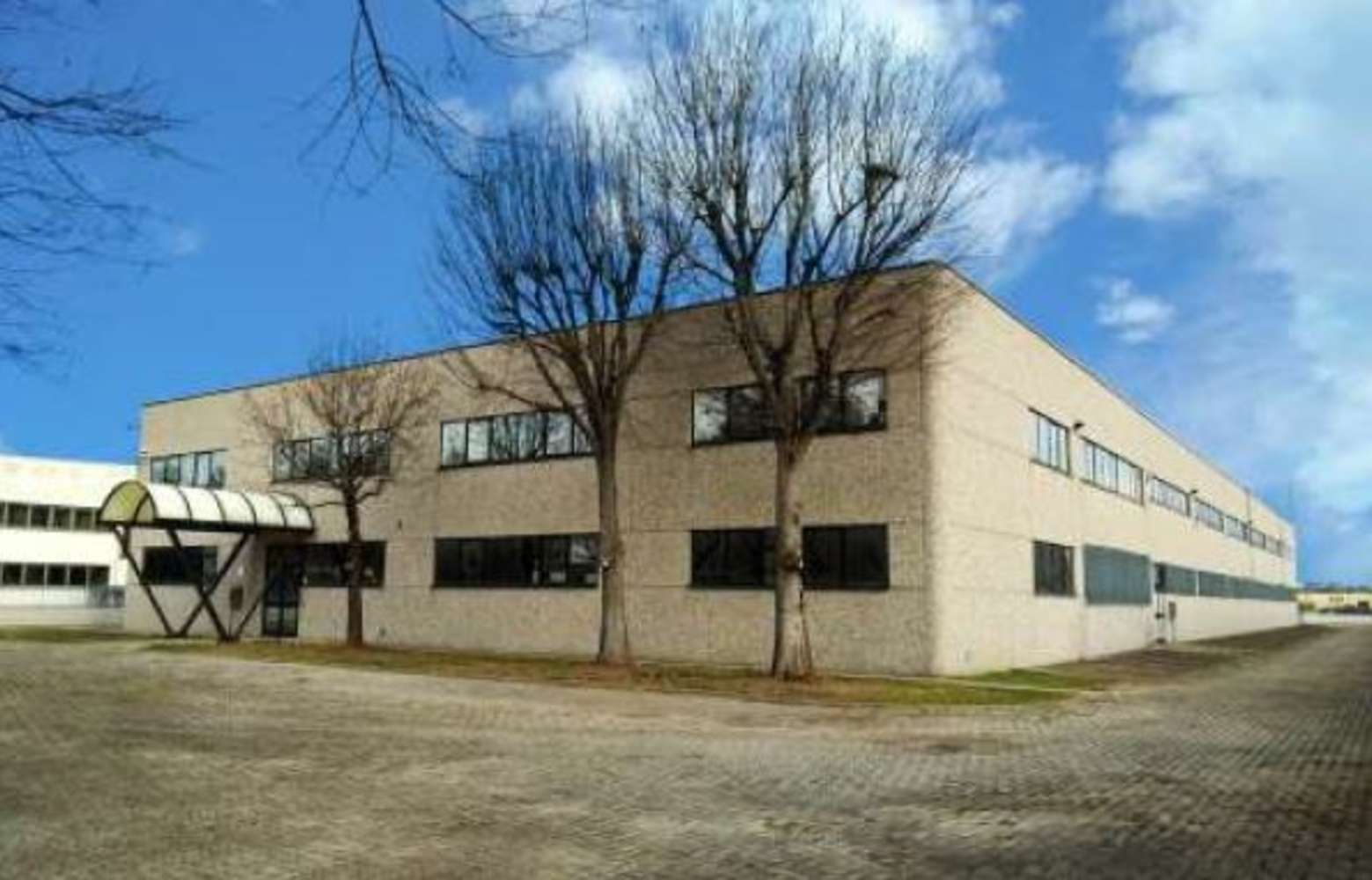 Magazzini industriali e logistici Parma, 43122 - Parma Mercalli