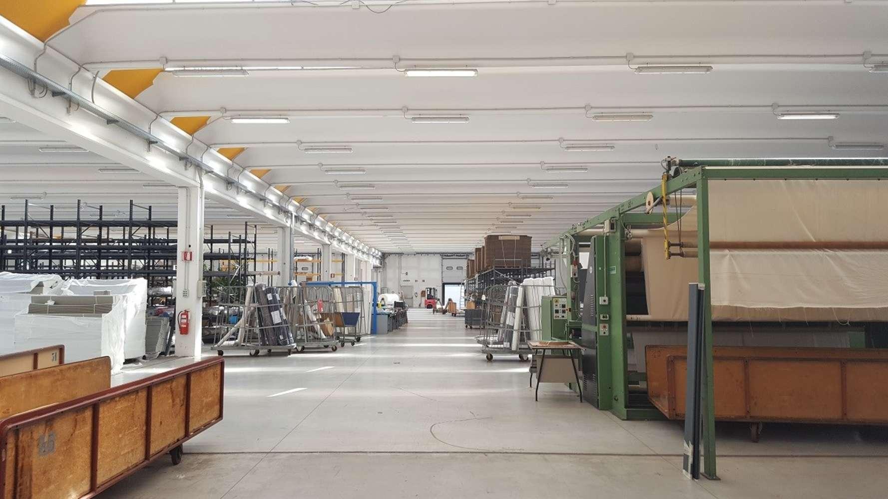 Magazzini industriali e logistici Sacconago, 21052 - Busto Arsizio - 10077094