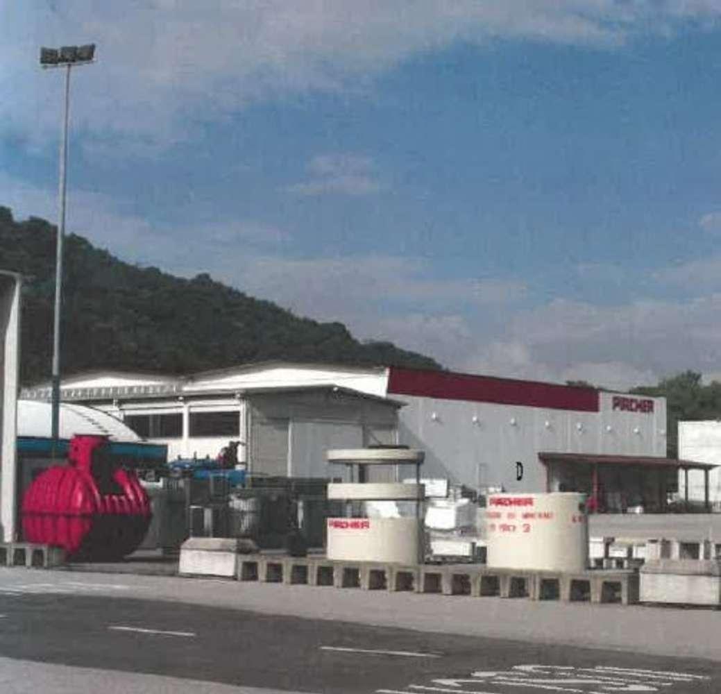 Magazzini industriali e logistici Mombello, 20812 - Cittiglio - 10330592