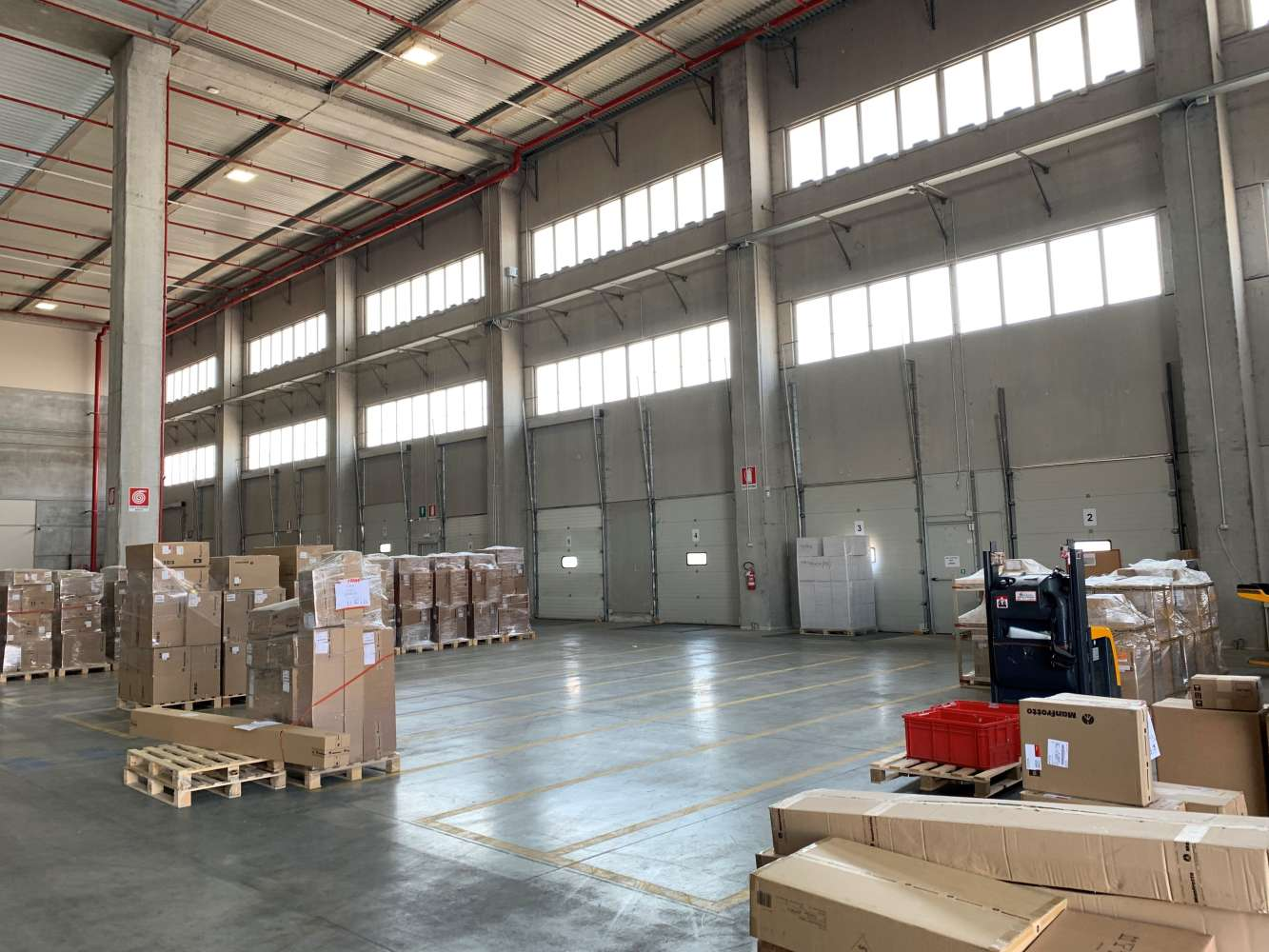 Magazzini industriali e logistici Monselice, 35043 - Saiace - 10366696