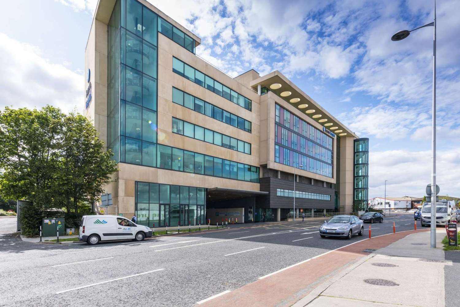 Investments Dublin 18, D18 TN80 - Suite 4, The Mall, Beacon Court - 10766597