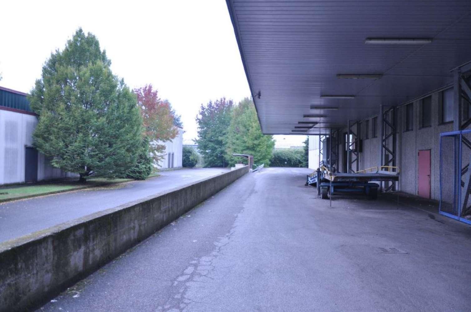 Magazzini industriali e logistici Inveruno, 20010 - Inveruno Via Rembrandt - 10810235