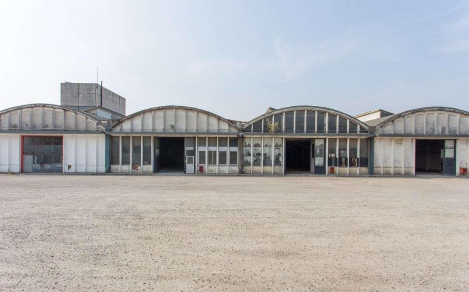 Magazzini industriali e logistici Caronno pertusella, 21042 - Caronno Via Trieste - 10810242