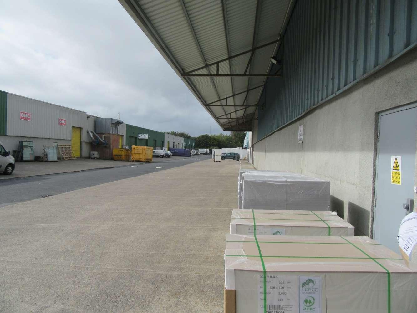 Industrial Co dublin, D24 AD71 - 4 Units Block L Greenogue Business Park - 10903152