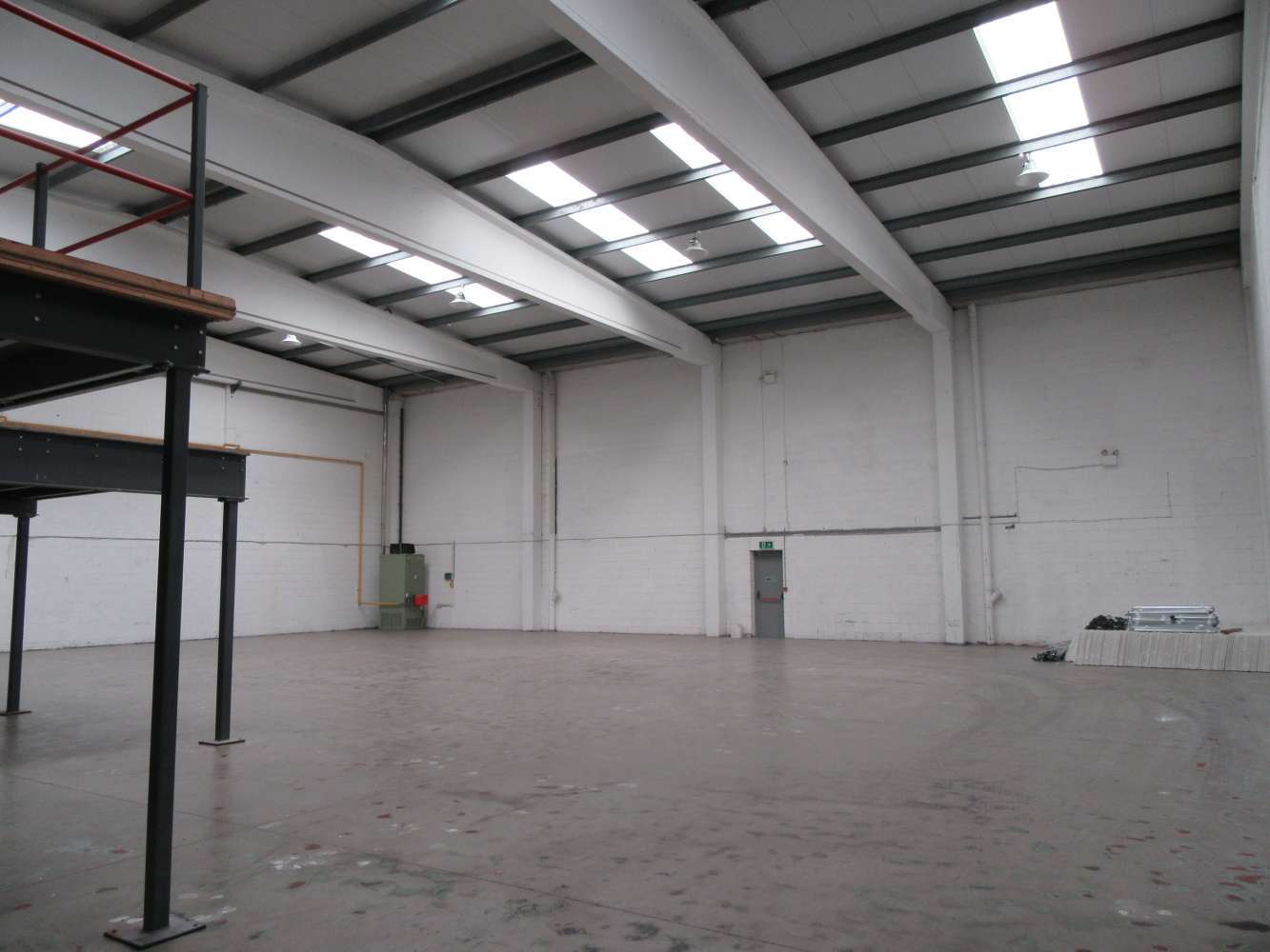 Industrial Dublin 11, D11 R592 - Unit 11 Finglas Business Centre - 10907038
