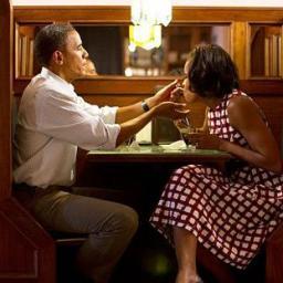 Vợ chồng Obama: Sức mạnh của mối quan hệ