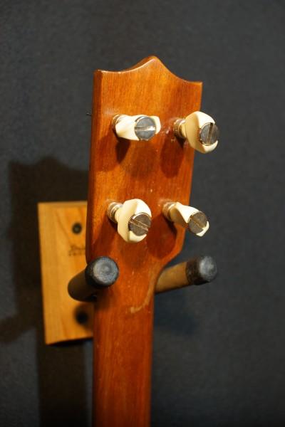1969 Kamaka Koa Baritone Ukulele (4)