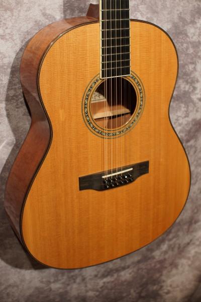 Larrivee L-05 12 String (1)
