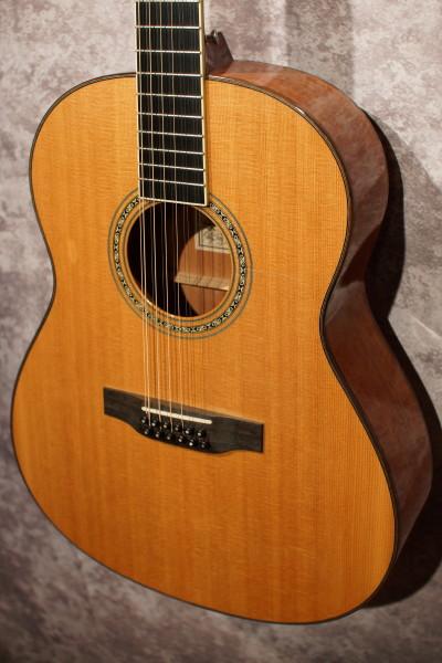 Larrivee L-05 12 String (8)