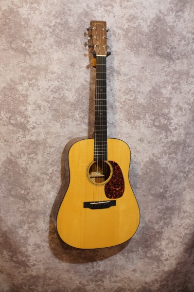 2004 Martin D18GE 1934 Golden Era (2)