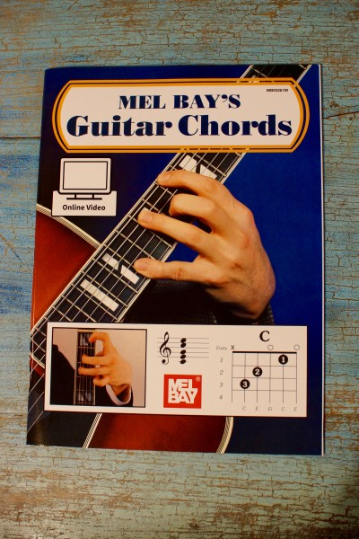 SPECIAL HOLIDAY GUITAR PACKAGE (5)