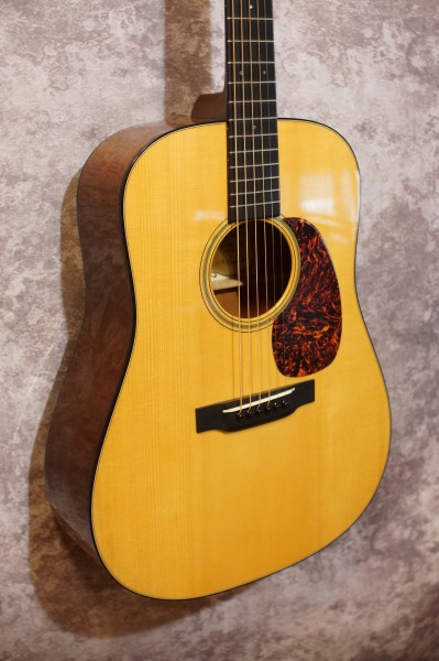 2004 Martin D18GE 1934 Golden Era (1)