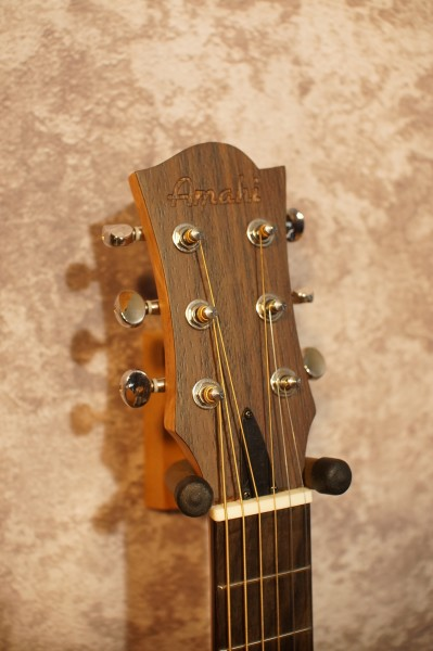 Amahi UK220G Travel Guitar (2)