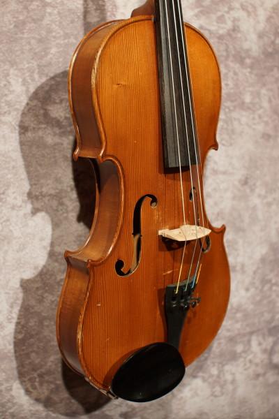 Japanese Stradivarius Violin (2)