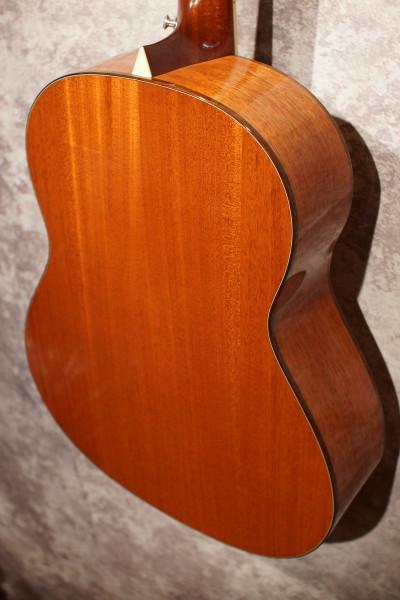 Larrivee L-05 12 String (7)