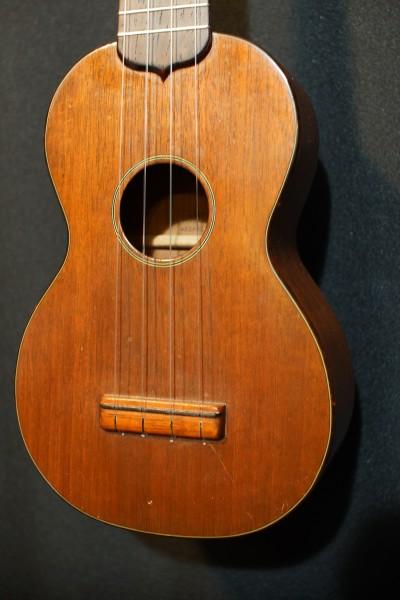 1953 Martin Style 1 Soprano Ukulele (4)