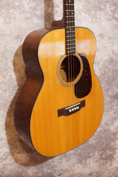 1953 Martin 0-18T Tenor Guitar (1)