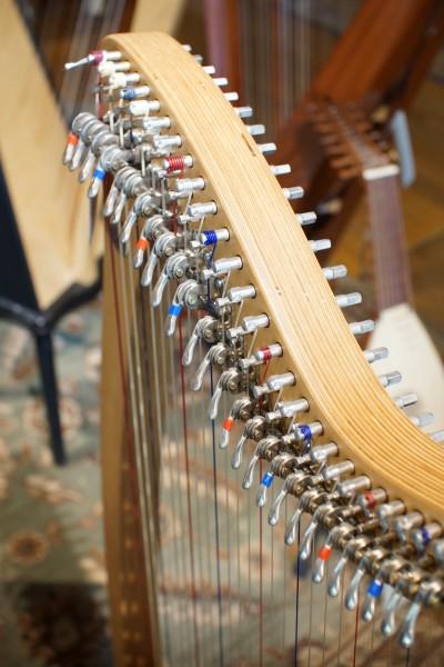 Used Camac Bardic 27 Lever Harp (3)