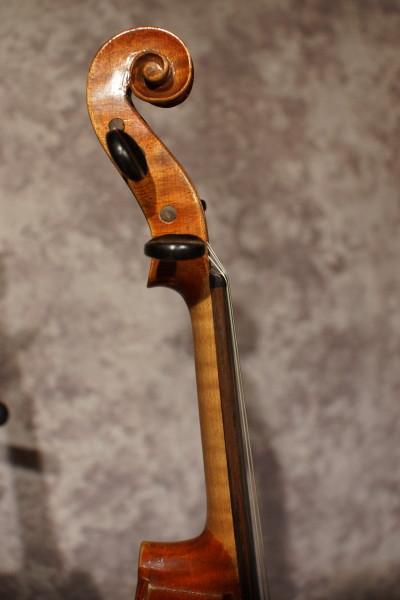 Caspar de Salo Violin, w/case (4)