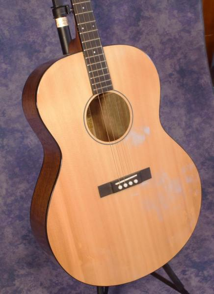 Gold Tone  TG-18 Tenor Guitar (5)