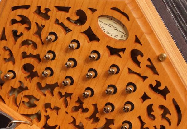 Clover Special Concertina (4)