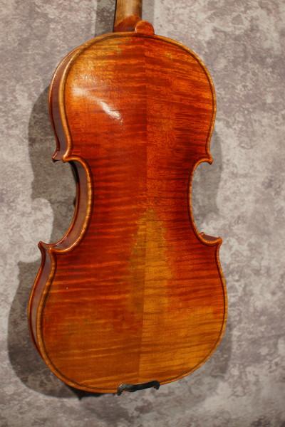 Guadagnini Model Violin, w case (3)