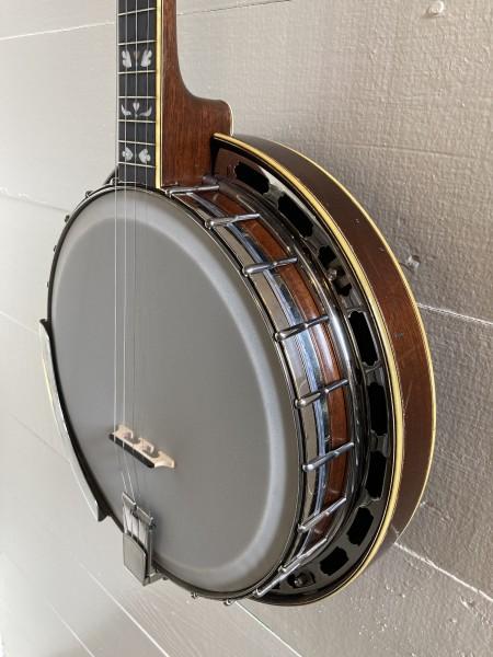 1925 Gibson Mastertone TB-4 Tenor Banjo (1)