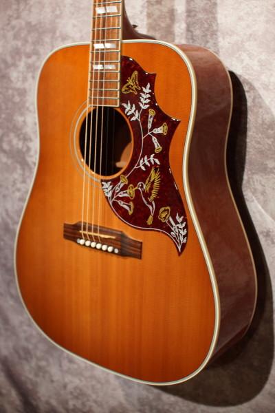 2011 Gibson Hummingbird (1)