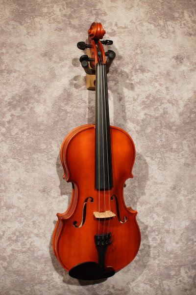 West German Violin, with case (6)