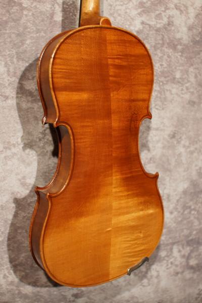 Japanese Stradivarius Violin (3)