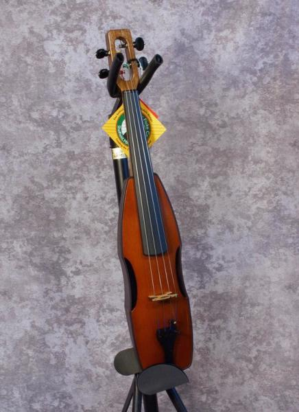 Cricket Fiddle (with finetuner pegs and internal pickup) (3)
