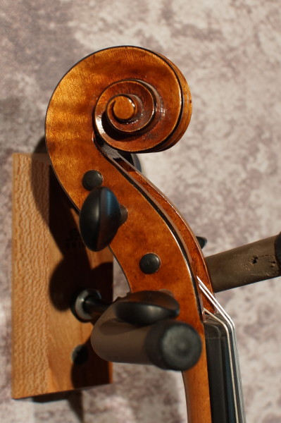 """Unlabelled"" Fiddle (2)"