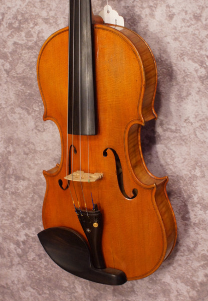 1940's American Made Fiddle (2)