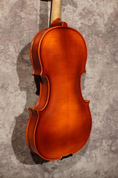 West German Violin, with case (5)