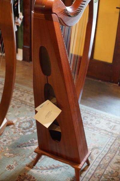 Dusty Strings Crescendo Full Lever Harp (5)