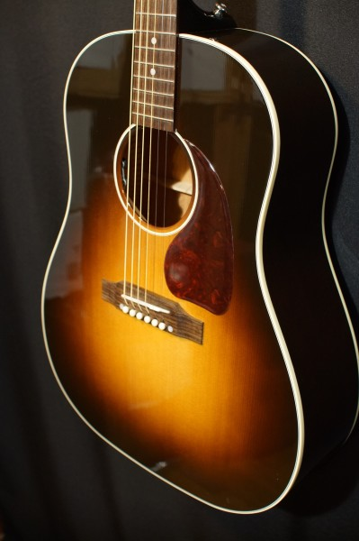 2017 Gibson J-45 (1)