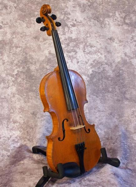 Early 1900's Amati Copy (1)
