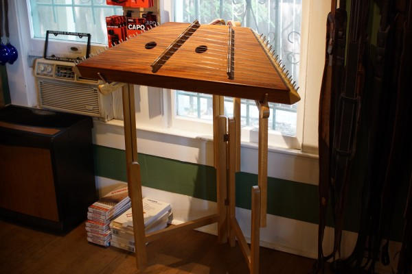 1993 Russell Cooke 12/11 Hammered Dulcimer (2)