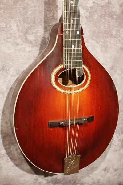 1920 Gibson H2 Mandola (1)