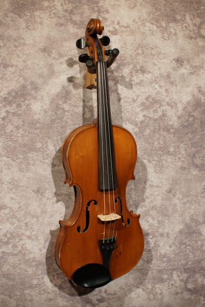 Japanese Stradivarius Violin (5)