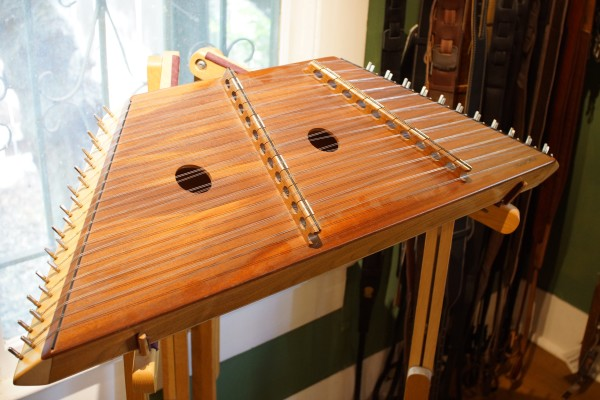 1993 Russell Cooke 12/11 Hammered Dulcimer (1)