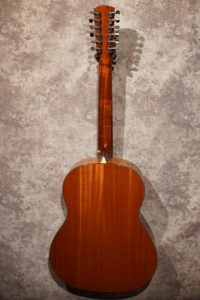 Larrivee L-05 12 String (4)