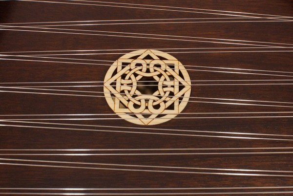 Masterworks Pioneer Hammered Dulcimer Package (Sapele Option) (4)