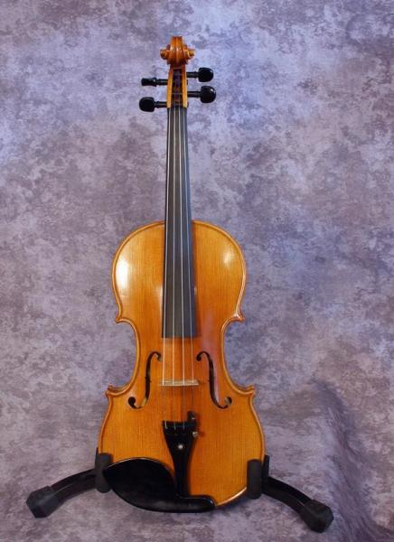 1990's Chinese Masterworks Strad Copy (1)