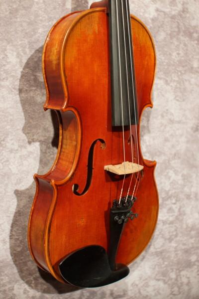 Guadagnini Model Violin, w case (4)