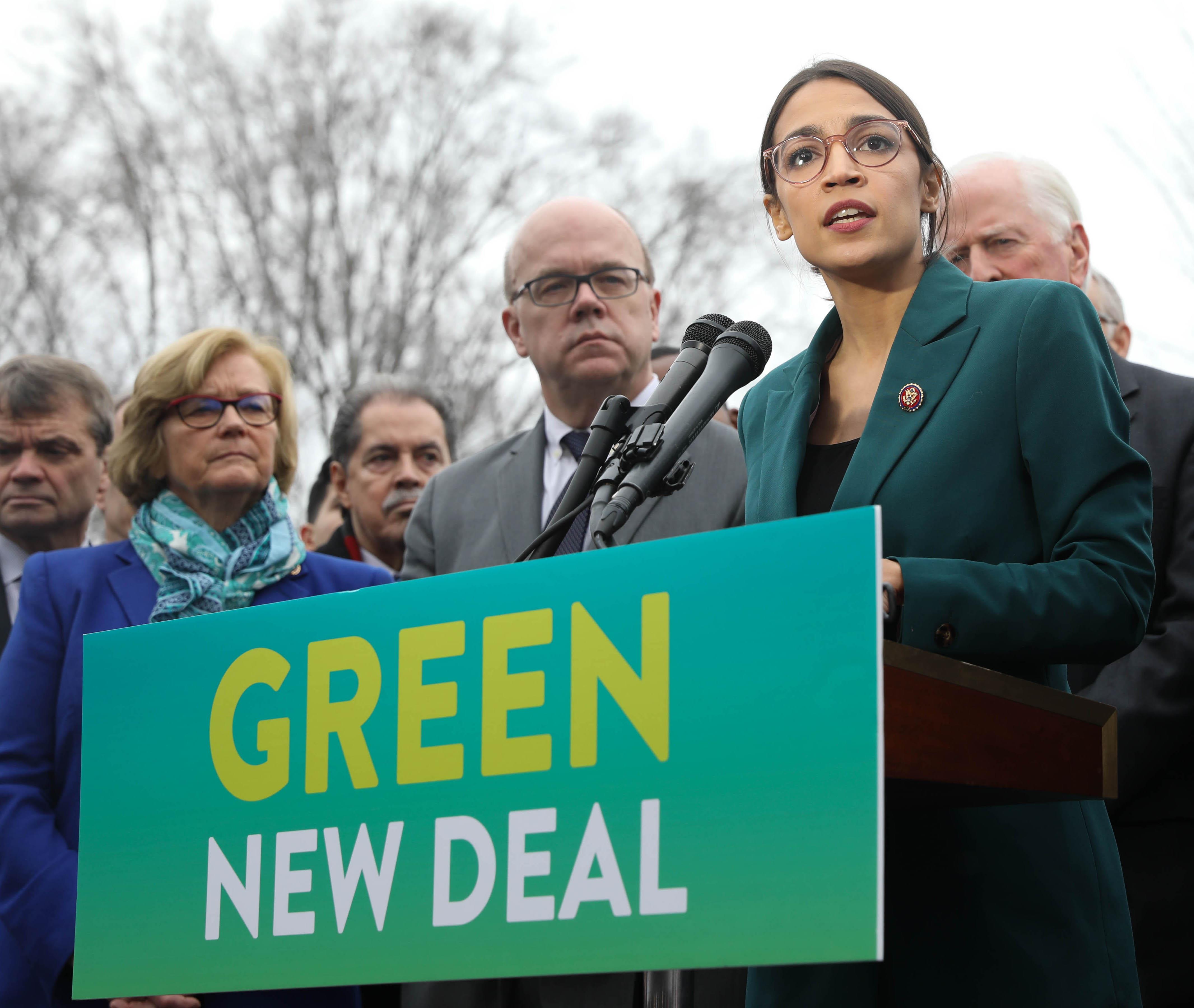 Green New Deal Presser. Courtesy: Senate Democrats/Wikimedia Commons