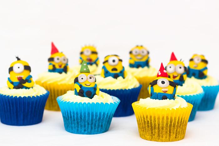 Minion-Cupcakes-4-700_ehhyhy