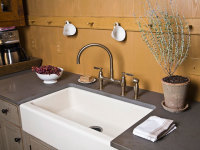 How to Clean Up Kitchen Sinks