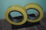 2-poliuretanovyie-valyi-poliuretan-listovoj.jpg