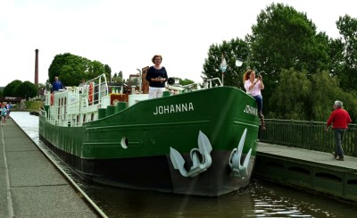 Hotelship Johanna on Pont canal de Briare